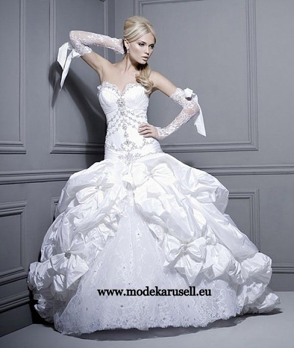 Bridal Dress Märchen Brautkleid 2013 Hochzeitskleid www.modekarusell ...