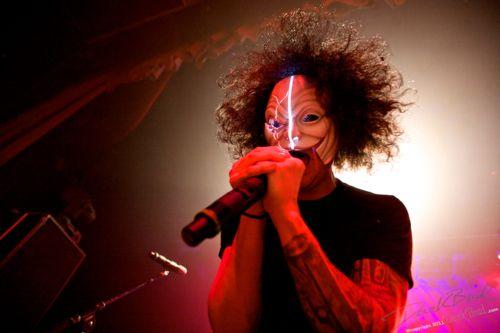 His hair tho !