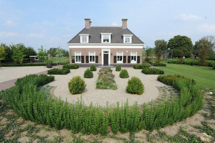 Www.hendrikshoveniers.nl #landelijkwonen landelijke tuin