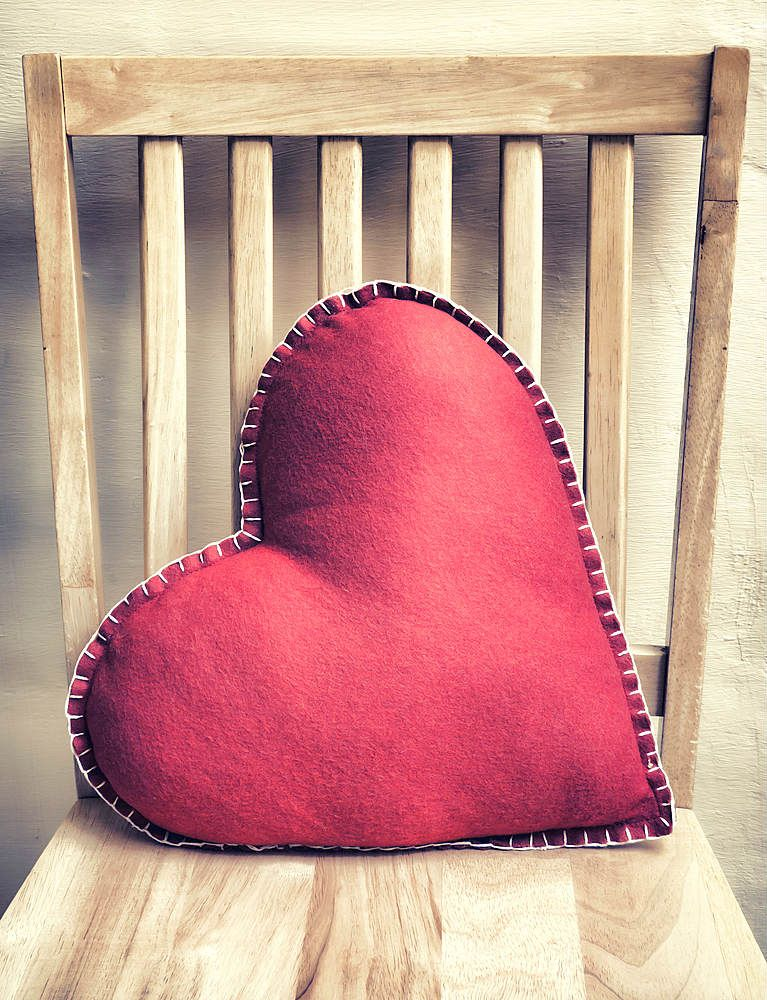 Pillow Shape Ideas: DIY Ideas for #Creative #Cushions    DIY Home Decor Tips    ,