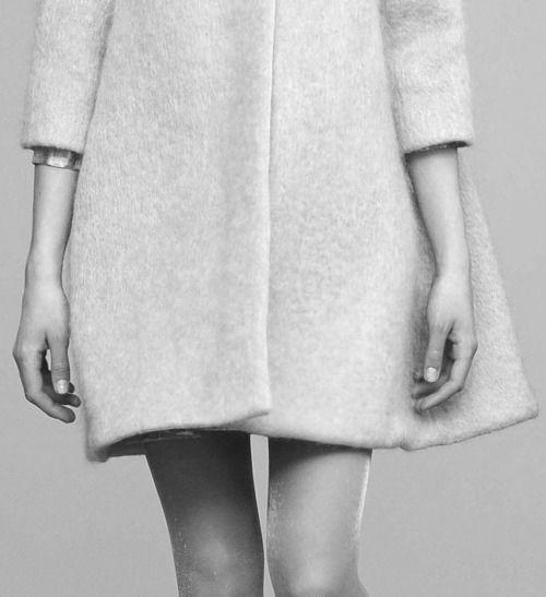 Chic Simplicity - wool coat, minimalist style // Philosophy di Alberta Ferretti FW 2011-2012