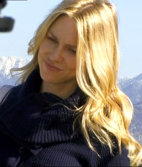 Naomi Watts at the set of 'Mother & Child' (2010)