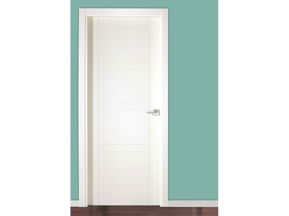 Puertas lacadas macizas en blanco fijaci n sin clavos for Puertas macizas blancas