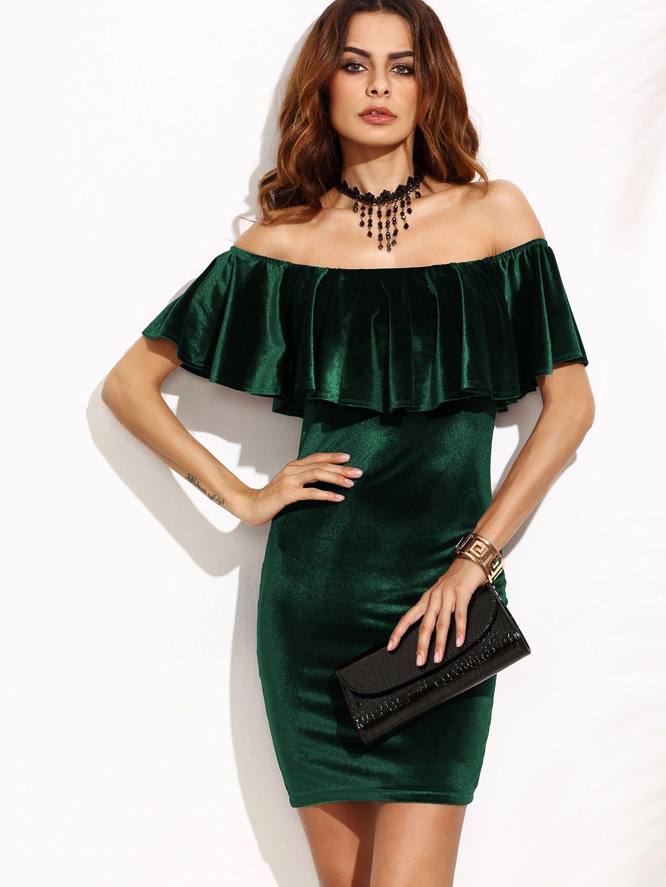 a6373783d183 SheIn offre Vestito Bodycon Di Velluto Spalle Scoperte Increspate - Verde    di più per soddisfare le vostre esigenze di moda.