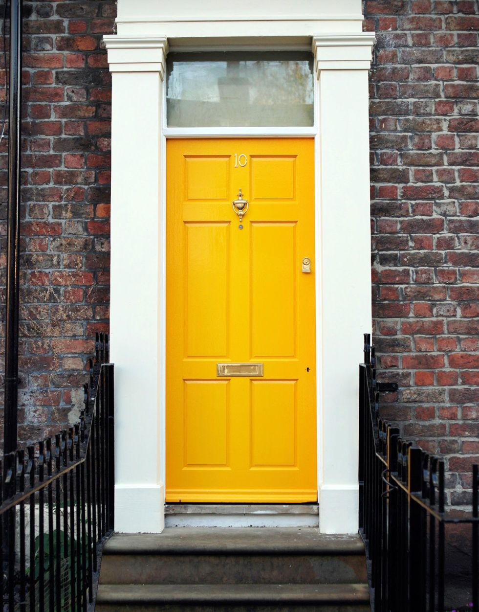 16 Front Door Paint Colors - Paint Ideas for Front Doors & The Prettiest Colors to Paint Your Front Door | Door paint colors ... pezcame.com