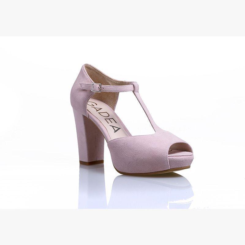 mejor selección 318e7 3cdc8 Zapatos de novia en color rosa palo con tacon ancho ...