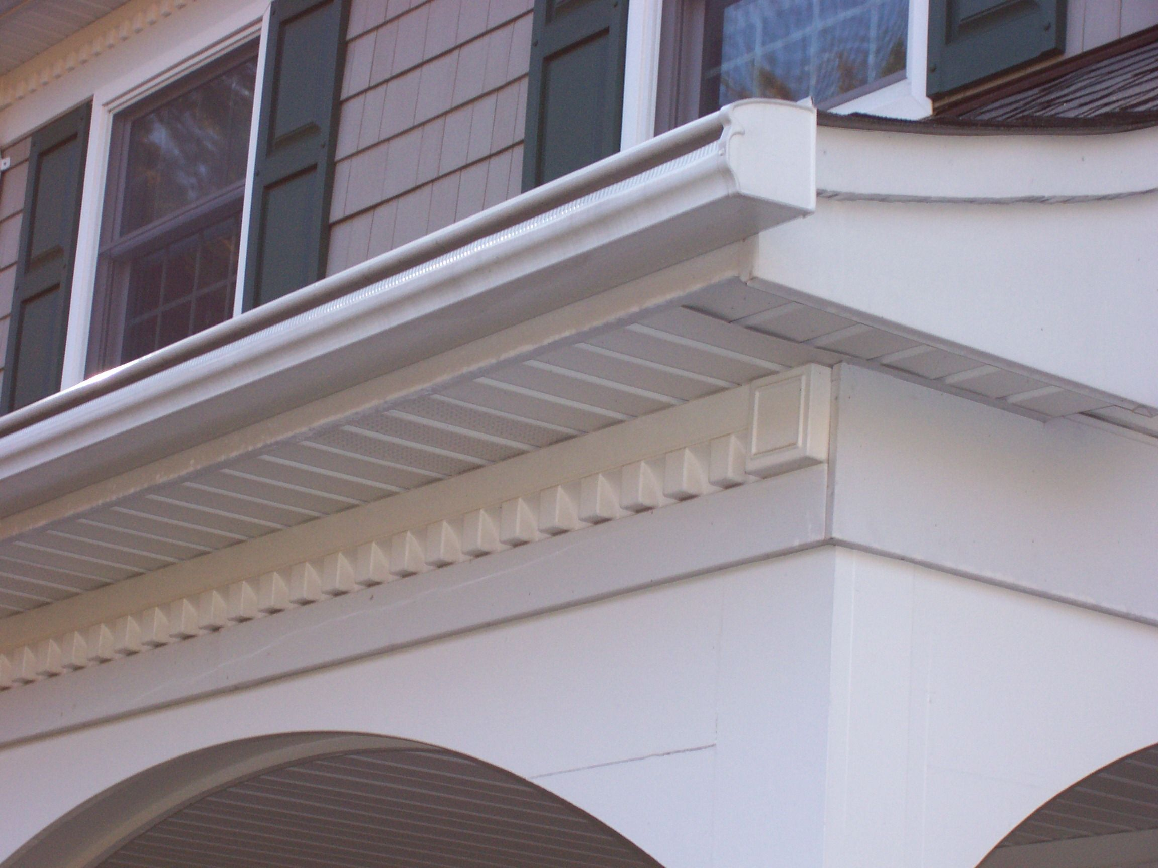 Toronto Gutters Or Better Known As Eavestroughs In Canada Are Long Tubes That Are Part Of A House S Roofing How To Install Gutters Roof Repair Roofer