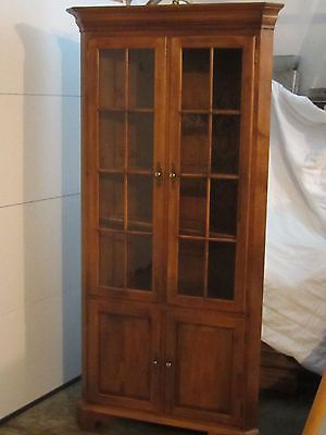 Ethan Allen Lighted Corner Cabinet Curio China Cabinet