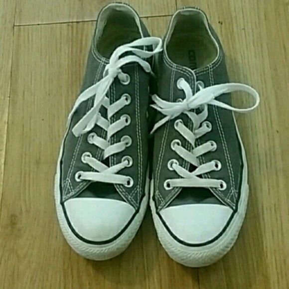 Grey Low Top Converse Gently used low top converse! Have been worn a max of 10x but are still in great condition. They are a little dirty but will be cleaned before shipping. Size 6 men's or 8 women's. :) Converse Shoes Sneakers