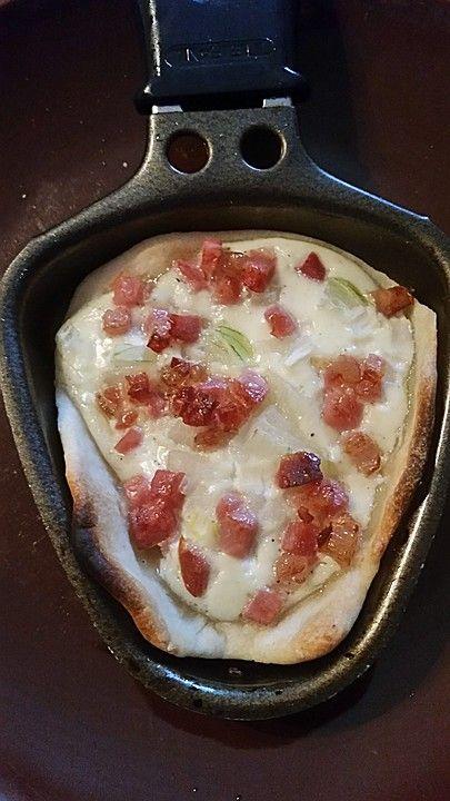 Raclette - Flammkuchen von CookingJulie | Chefkoch