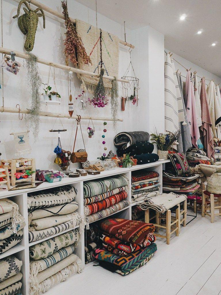pompon bazar boutique resto caf etc boutique d co. Black Bedroom Furniture Sets. Home Design Ideas
