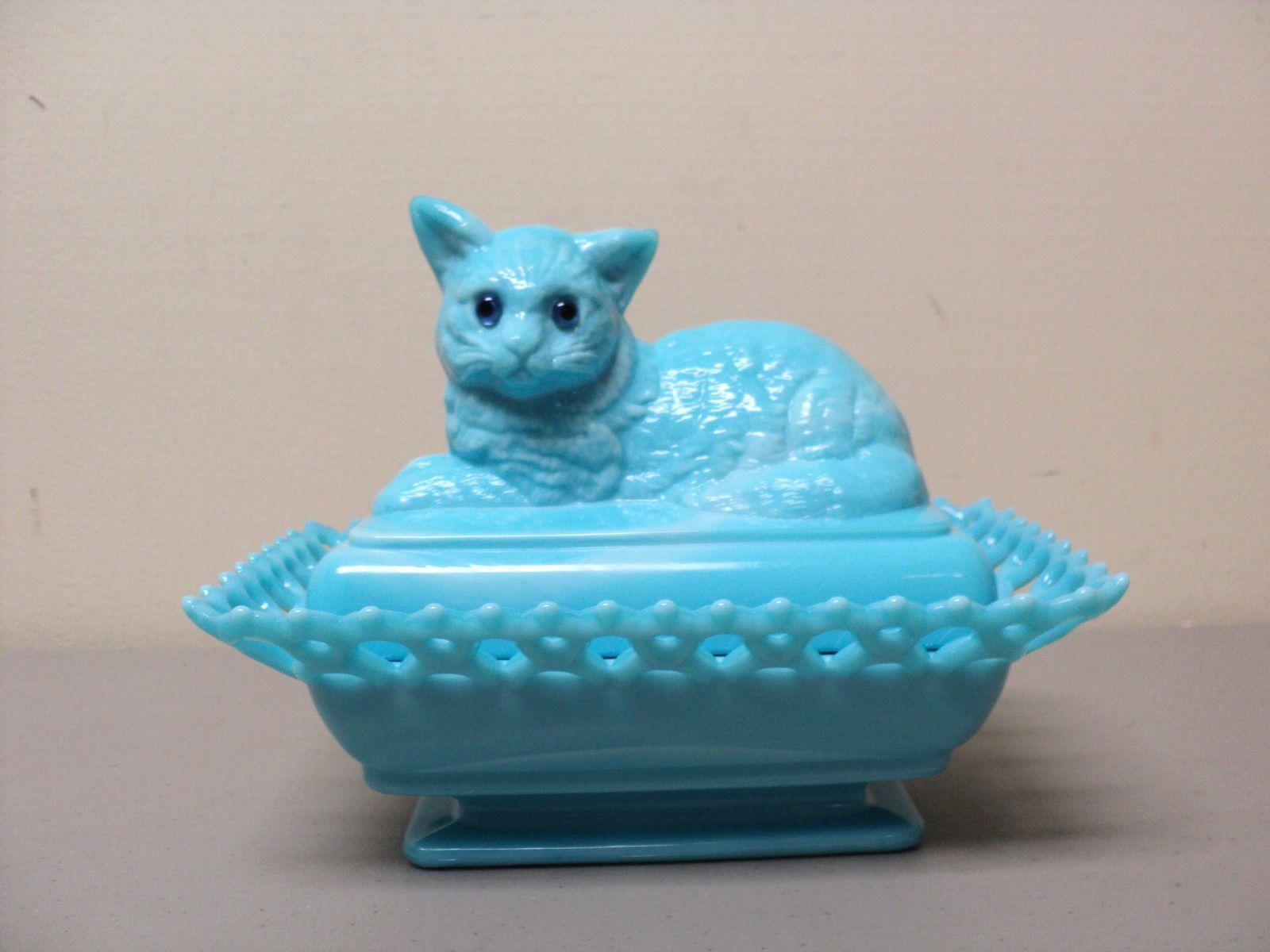 "Cute Antique Westmoreland Glass Aqua Milk Glass ""Cat on"