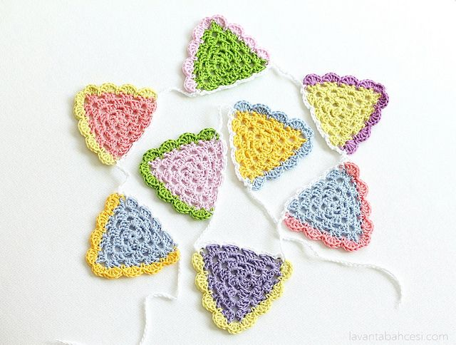 Crochet Bunting | Cr♡chet ~ bunting & garlands | Pinterest ...