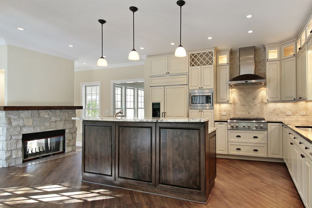 Contemporary Kitchen With U Shaped Super White Marble Countertop Pendant Light Crown Mold Luxury Kitchen Design Kitchen Fireplace Hardwood Floors In Kitchen