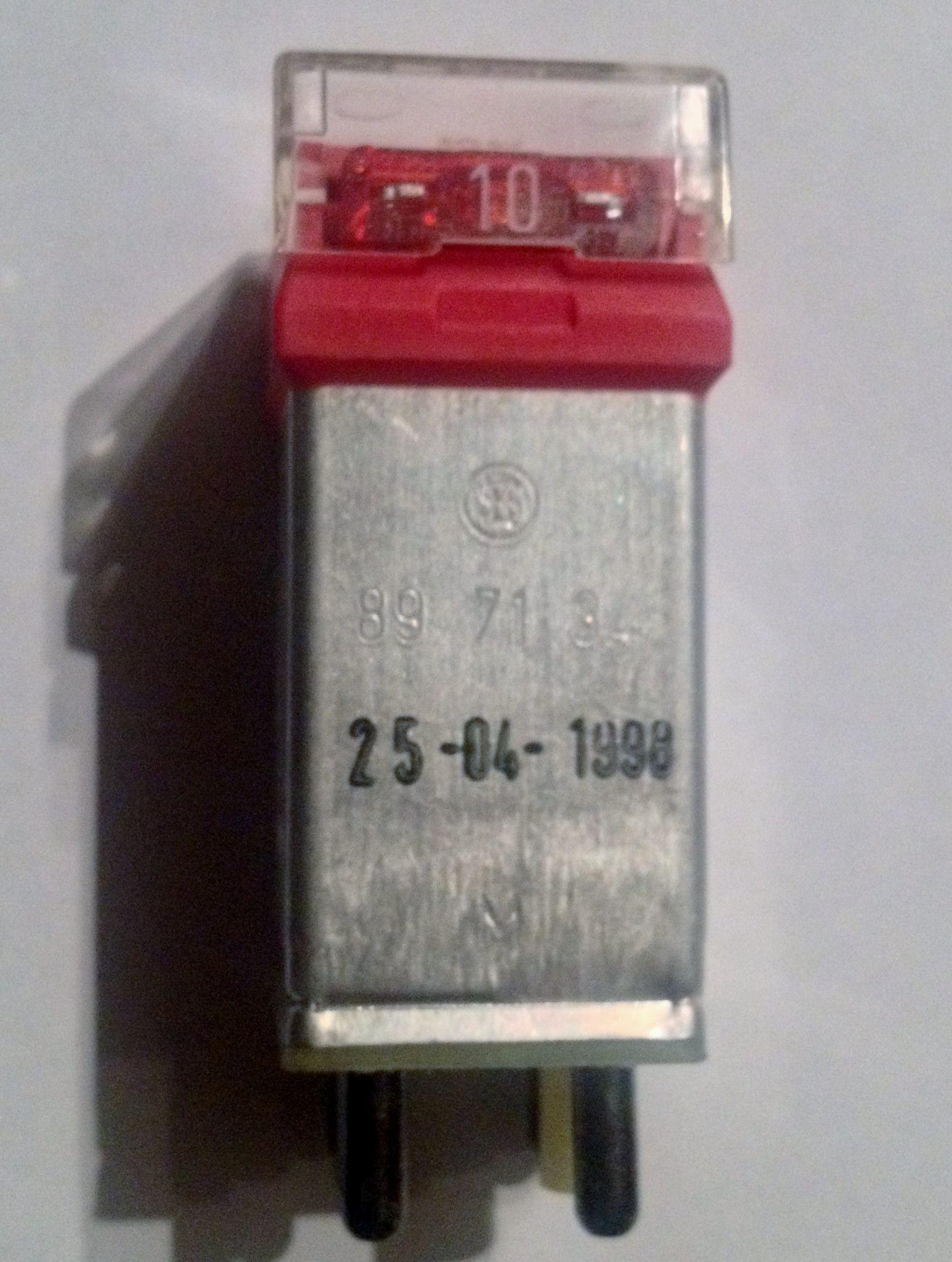 300d fuse box [ 1545 x 2048 Pixel ]