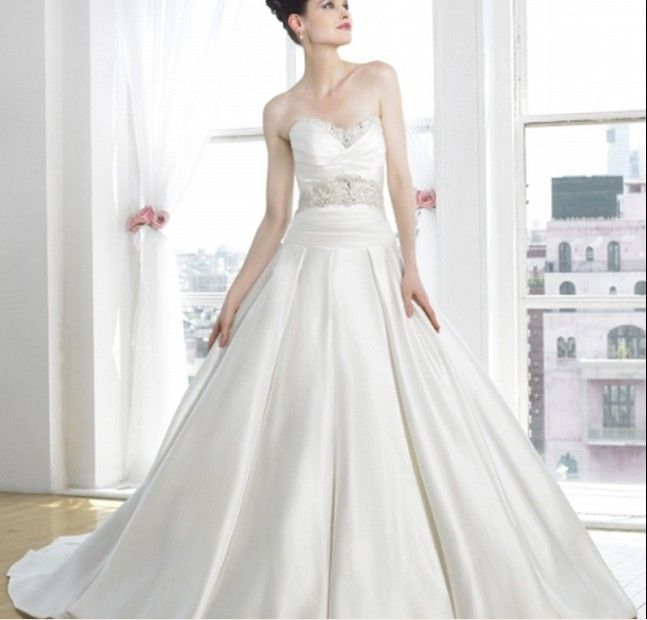 Fabulous A Line Wedding Gown With Sweetheart Neckline And Beaded Embroidery