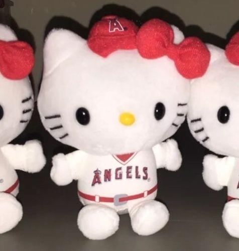 2016 LA ANGELS HELLO KITTY PLUSH TOY! SGA 08/18/16! NEW! HOT!! https://t.co/ad23KchdWr https://t.co/DIFFqnYmyi