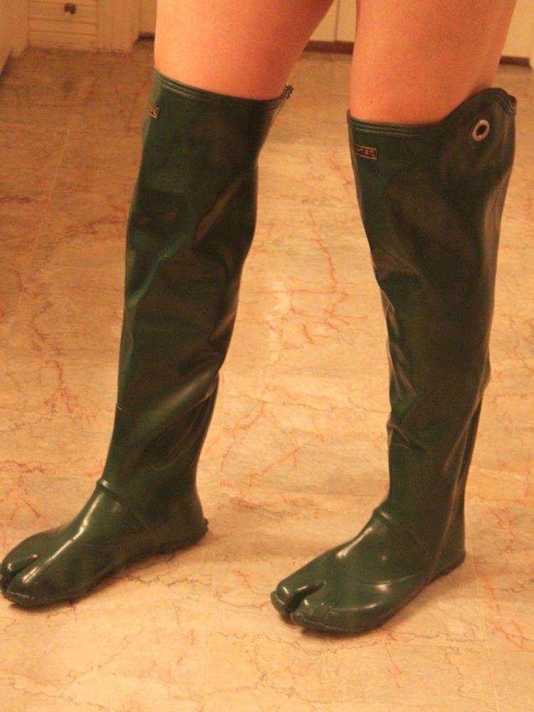 Japanese Over Knee Green Rubber Ninja Tabi Split Toe Boots