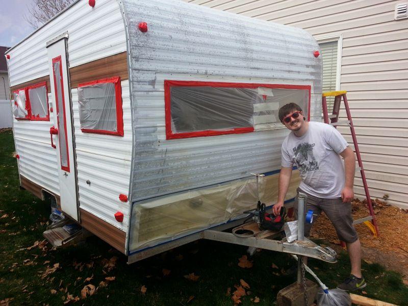 how to paint a vintage trailer pop up camper pinterest caravane campeur et roulotte. Black Bedroom Furniture Sets. Home Design Ideas