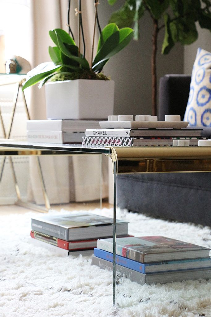 This Nyc Interior Designer S Apartment Is A Craigslist Hunter S Dream Brass Coffee Table Store Design Interior Loft Decor