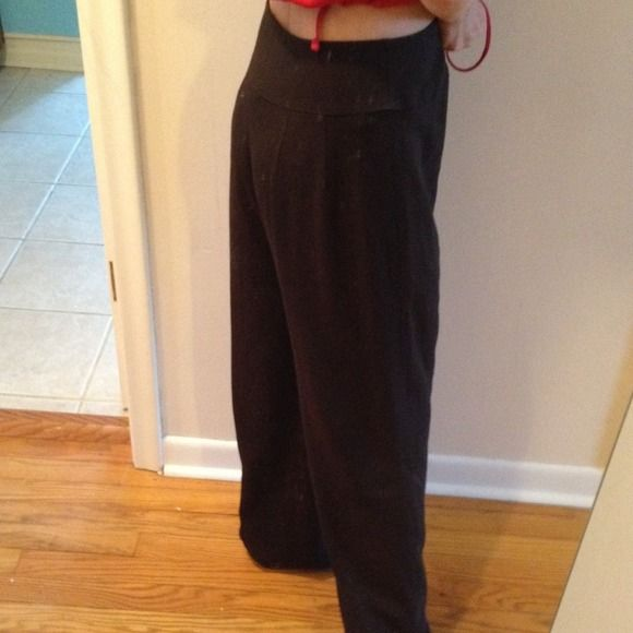 "ANNE KLEIN chocolate brown dress slacks. Waist measures 14"". Inseams is 31"". Anne Klein Pants Trousers"