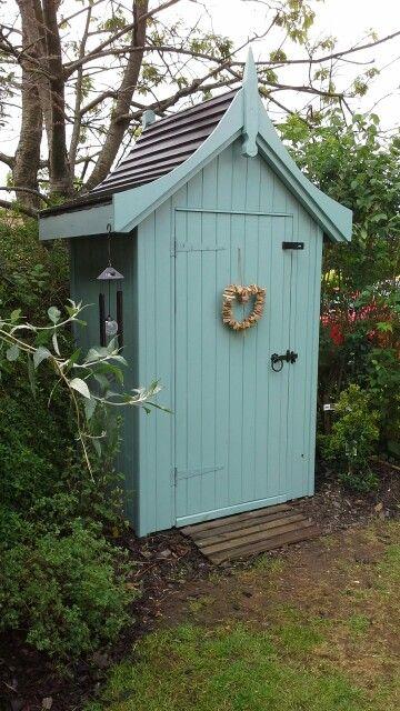 My cottage garden pretty little corner shed little summer for Bespoke garden sheds