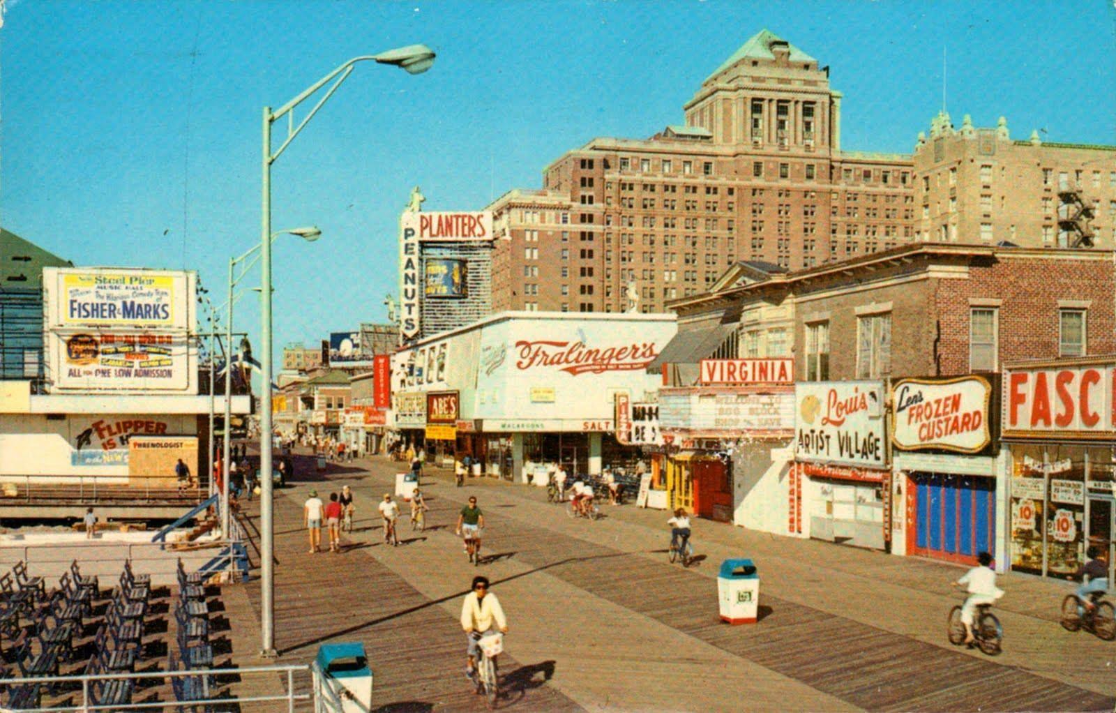 Atlantic City Boardwalk 1960 S Atlantic City Boardwalk Atlantic City City Beach
