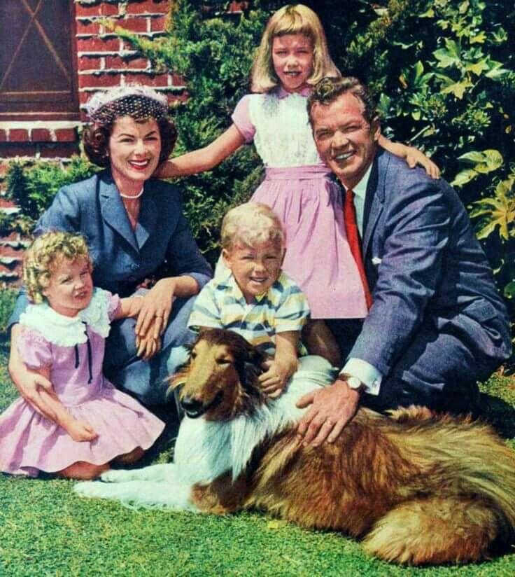 Barbara Hale with huband Bill Williams and their three ...