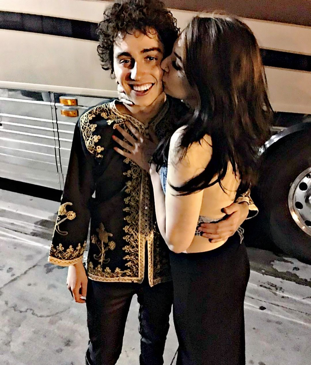 So jealous of this very lucky fan. Can't say I wouldn't do