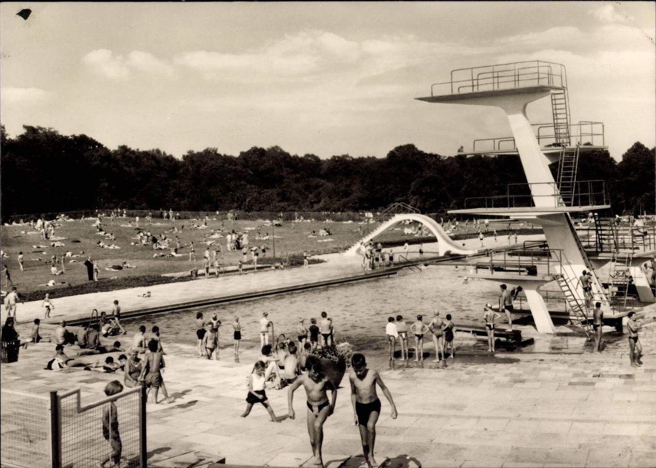 Freibad am Schlosspark Pankow 1935 | Berlin (1931-1942 ...