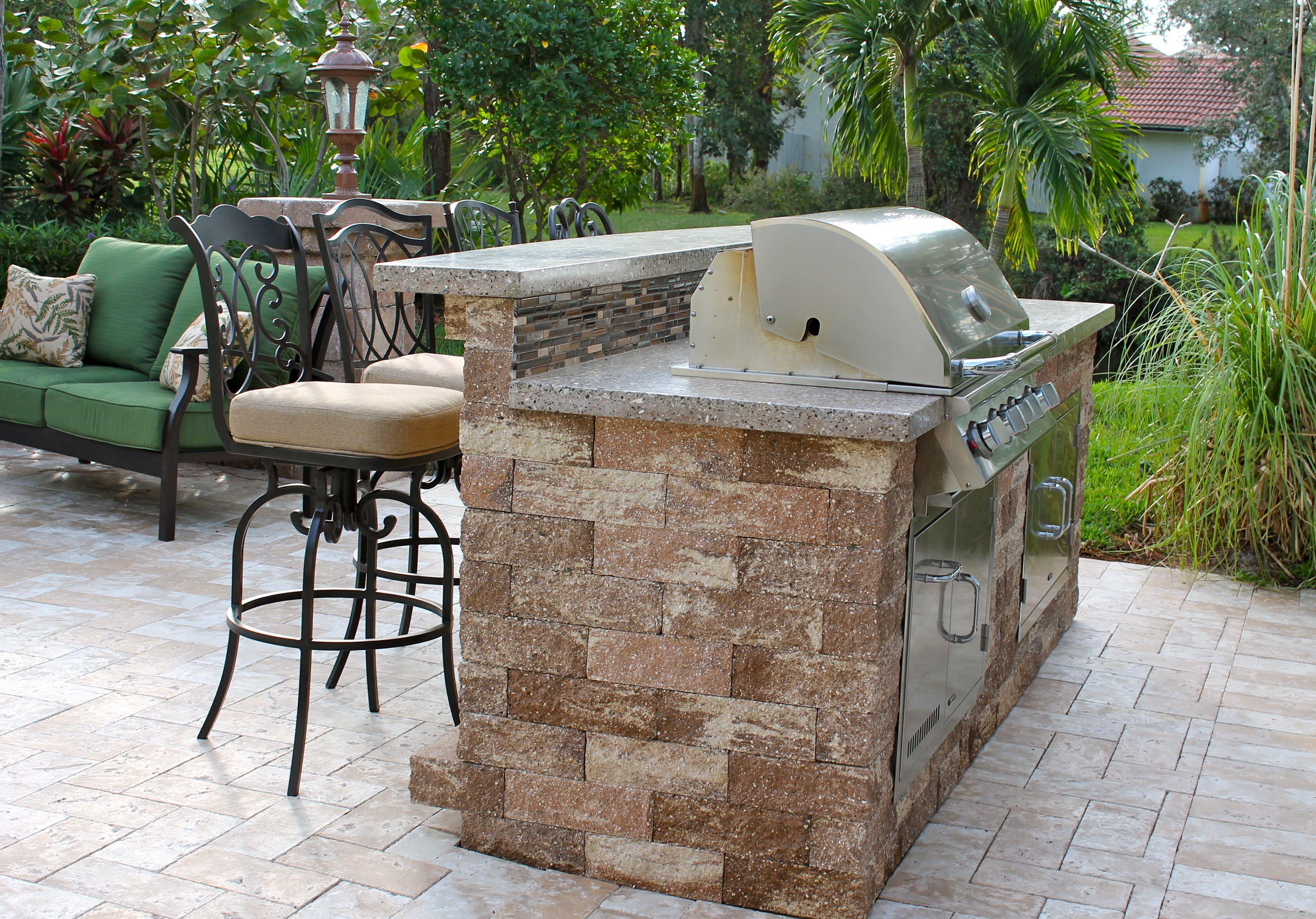 Tampa Bay Pools Outdoor Living Outdoor Grill Mahogany Custom Design Tampa Fl Brandon Fl Outdoor Kitchen Design Outdoor Design