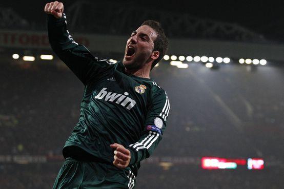 Higuaín pretende receber mais em Madrid (foto AP)