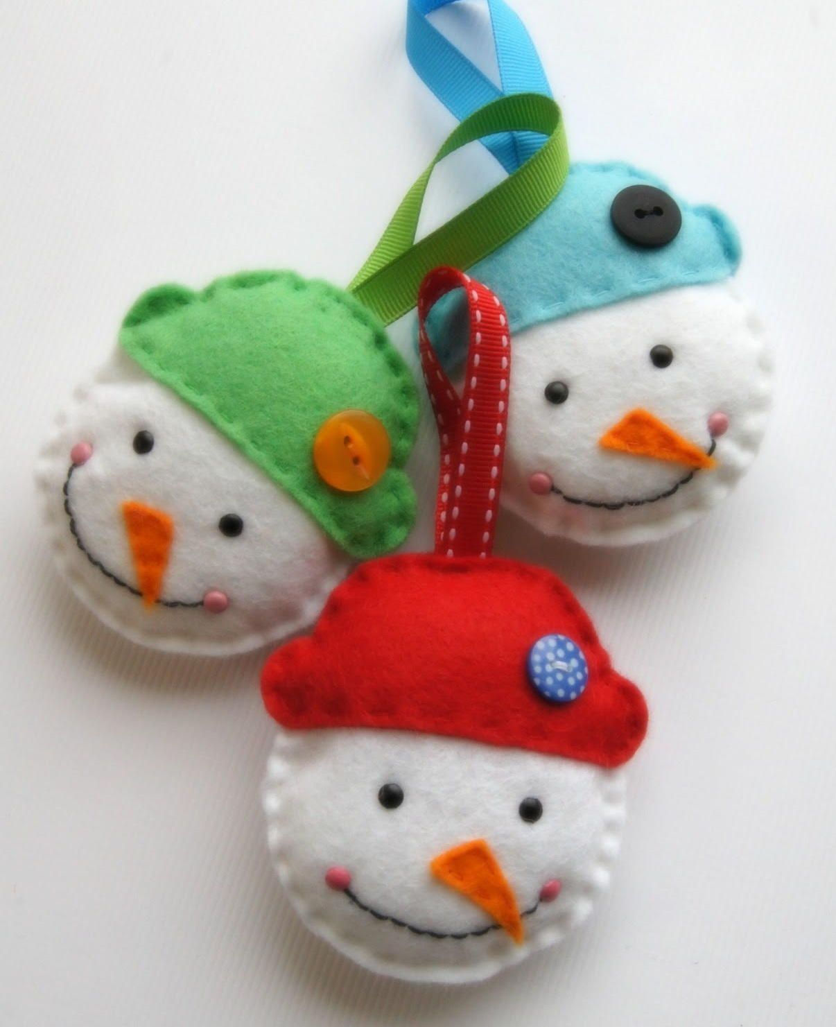 Simple Snowman DIY Ornament Diy felt christmas ornaments