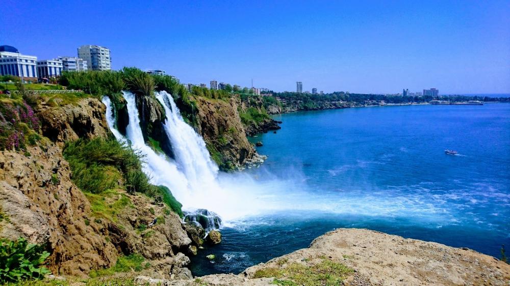 انطاليا في الشتاء متعة التجارب السياحية سفرك السياحية Waterfall Park Waterfall Tourist