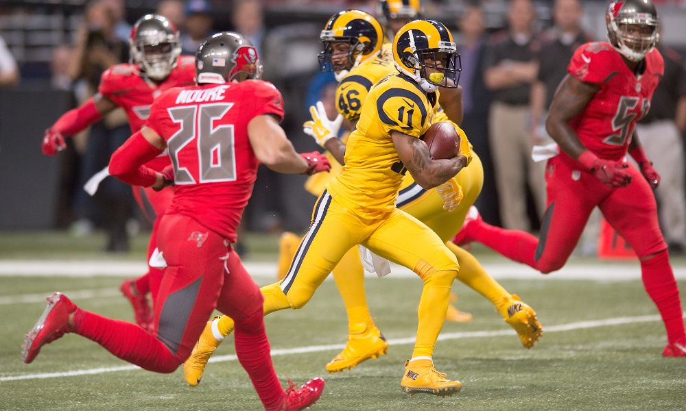 best website f7282 da1ba Rams and Buccaneers | Ugly Uniforms | Rams color rush, Color ...