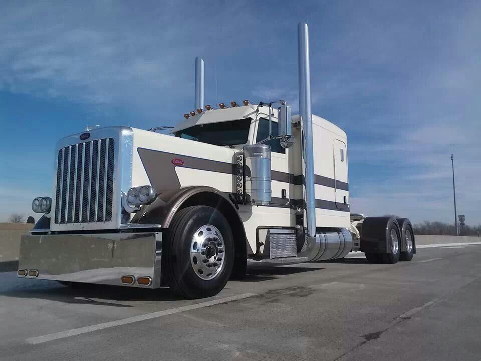 Peterbilt Truck Drivers And Trucks On Pinterest: Nice Rides..truck Driver