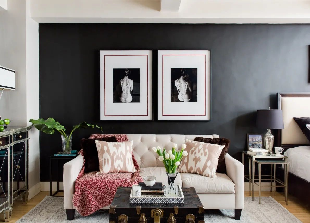 These Dark Accent Walls Break All The Small Space Design Rules Black Living Room Small Room Design Apartment Decorating Rental