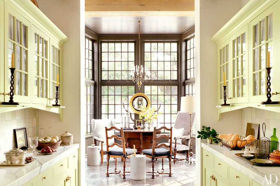 This lakefront louisiana home channels cape dutch style rooms