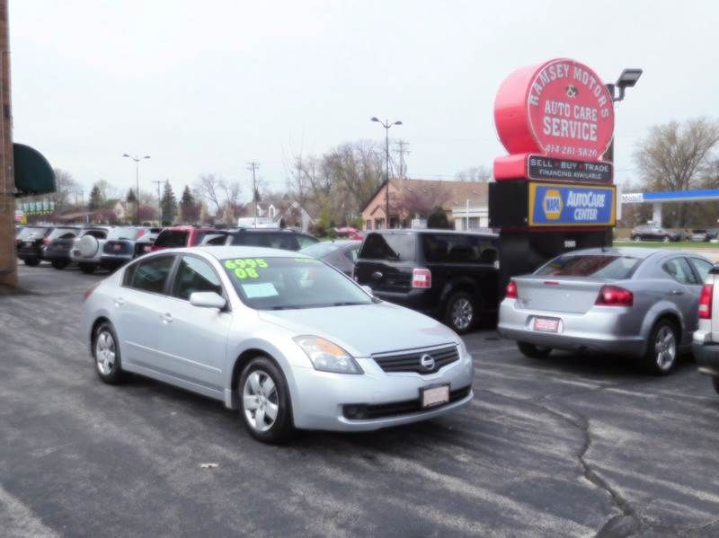 This 2008 Nissan Altima 2.5 S is listed on
