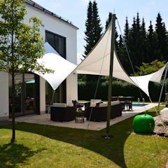 Sonnensegel moderner balkon, veranda & terrasse von aeronautec gmbh modern | homify