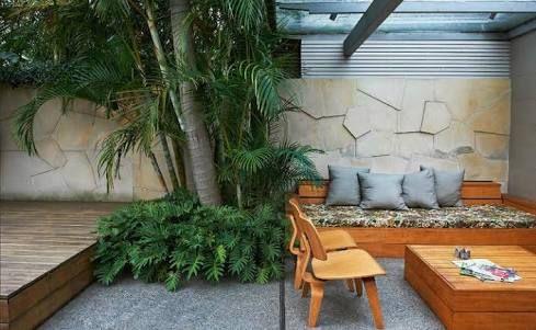budget small courtyard shade garden design australia brick googlebudget small courtyard shade garden design australia brick google search