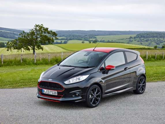 Ford Fiesta Red And Black Edition Google Search Ford Motorsport Ford Fiesta Zetec Ford Fiesta