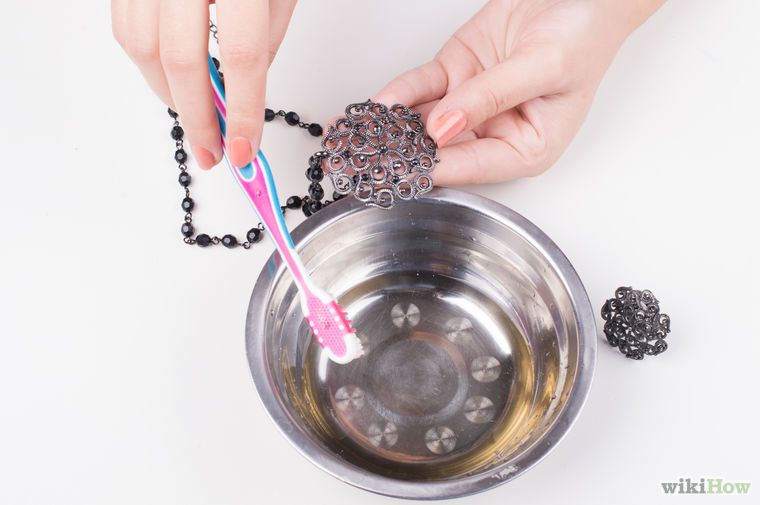 How To Clean Fake Jewelry Fake Jewelry Tarnished Jewelry Cleaning Jewelry