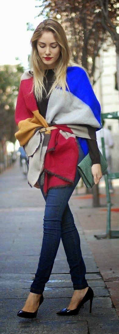 Mis Queridas Fashionistas: Tips for Fall: Ways to wear--> A belted scarf