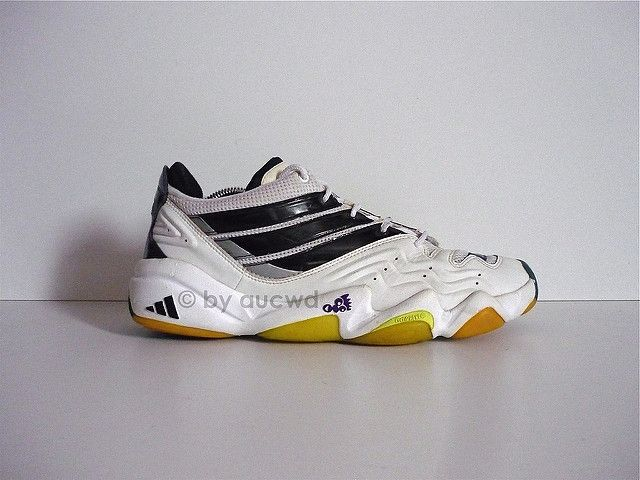 90`S VINTAGE ADIDAS TORSION EQUIPMENT SHOES  8effeb9b29153