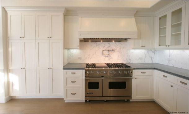 Best Malibu Shaker Flush Fit 2 Photo Off White Kitchen 400 x 300