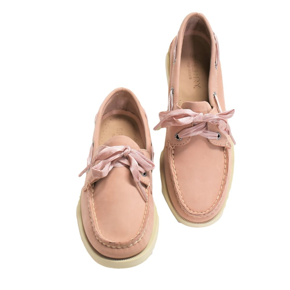 Womens boat shoes, Boat shoes