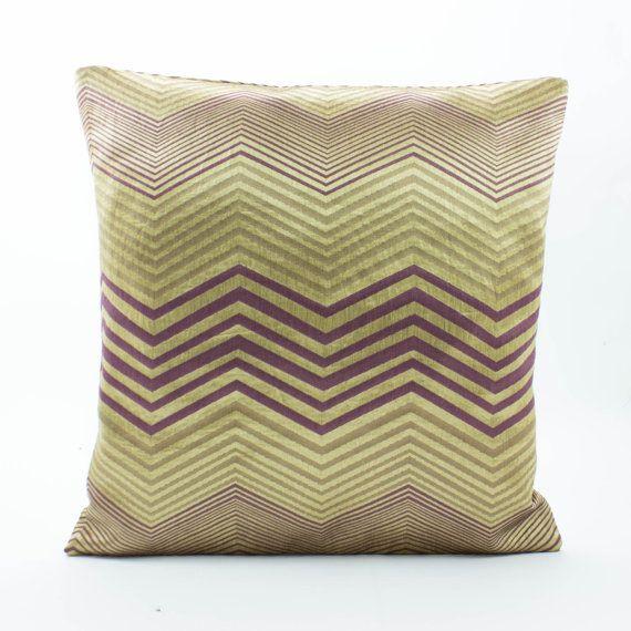 Decorative Throw Pillow Covers 18x18 pillow Silk woven Chevron Pattern in Purple/Gold Silk brocade chevron pillow,Gold Pillow,Accent Pillow
