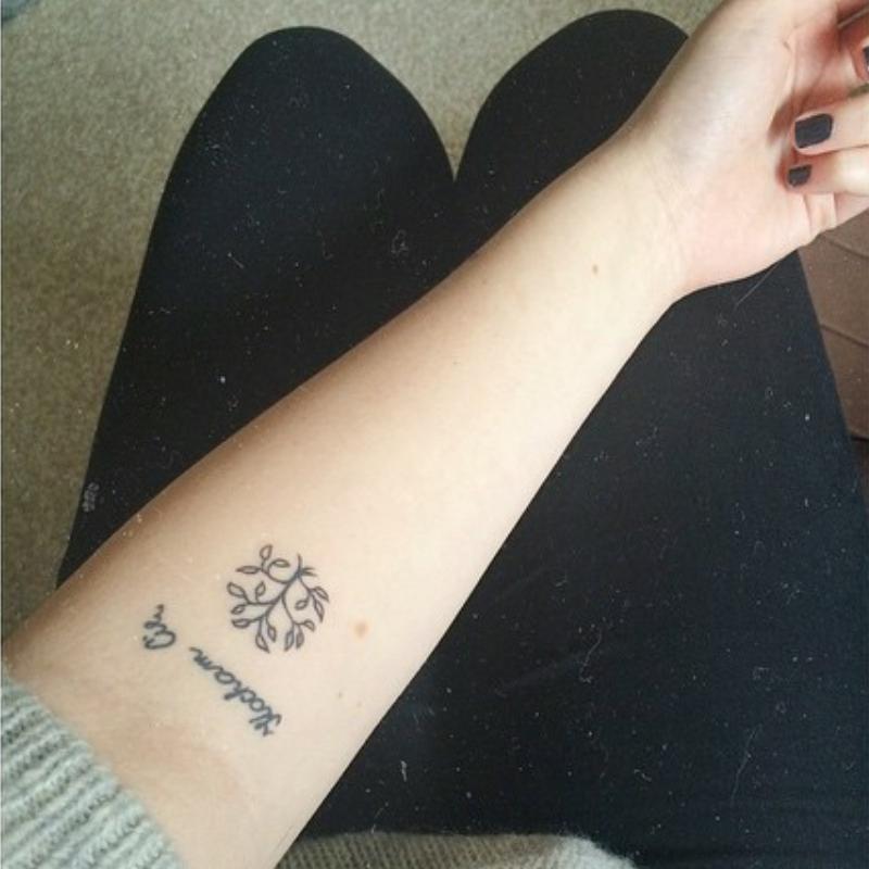 Pin De Maria Isabel En Tatuajes Tatuajes Pequeños Tatuajes