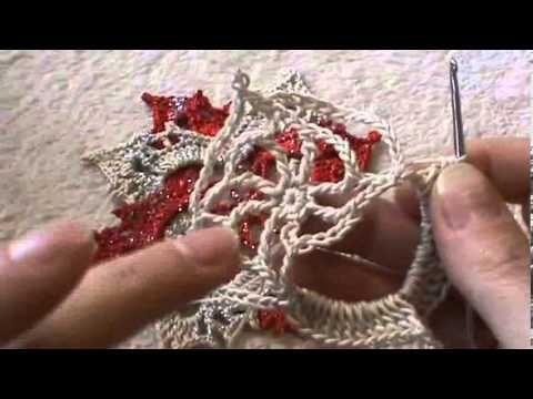 fiore con il punto colonnine - YouTube  - decorazione per Natale all'uncinetto